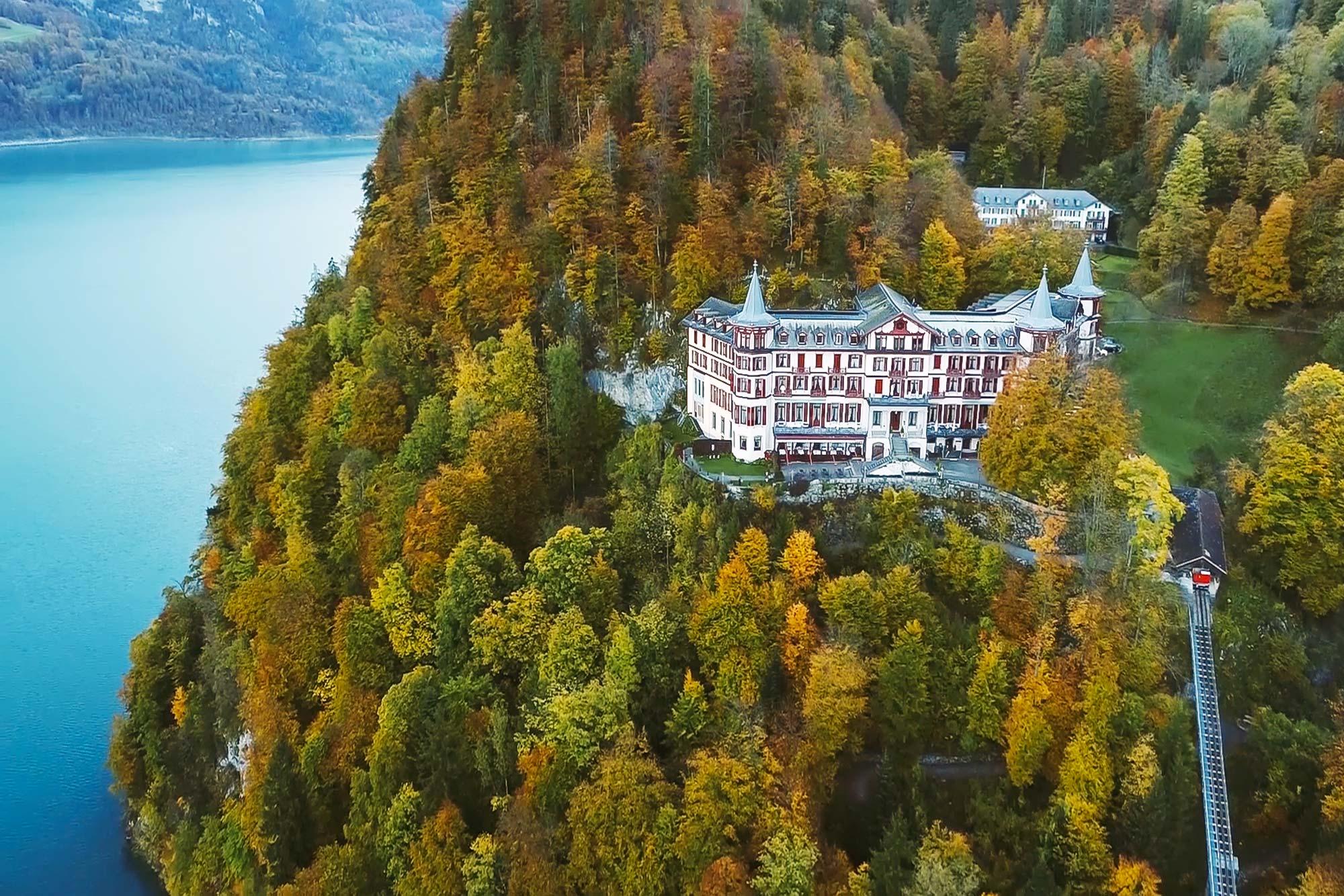 Grandhotel Giessbach, Schweiz - Drohnenfotografie von Hotelfotograf Adrian Kilchherr