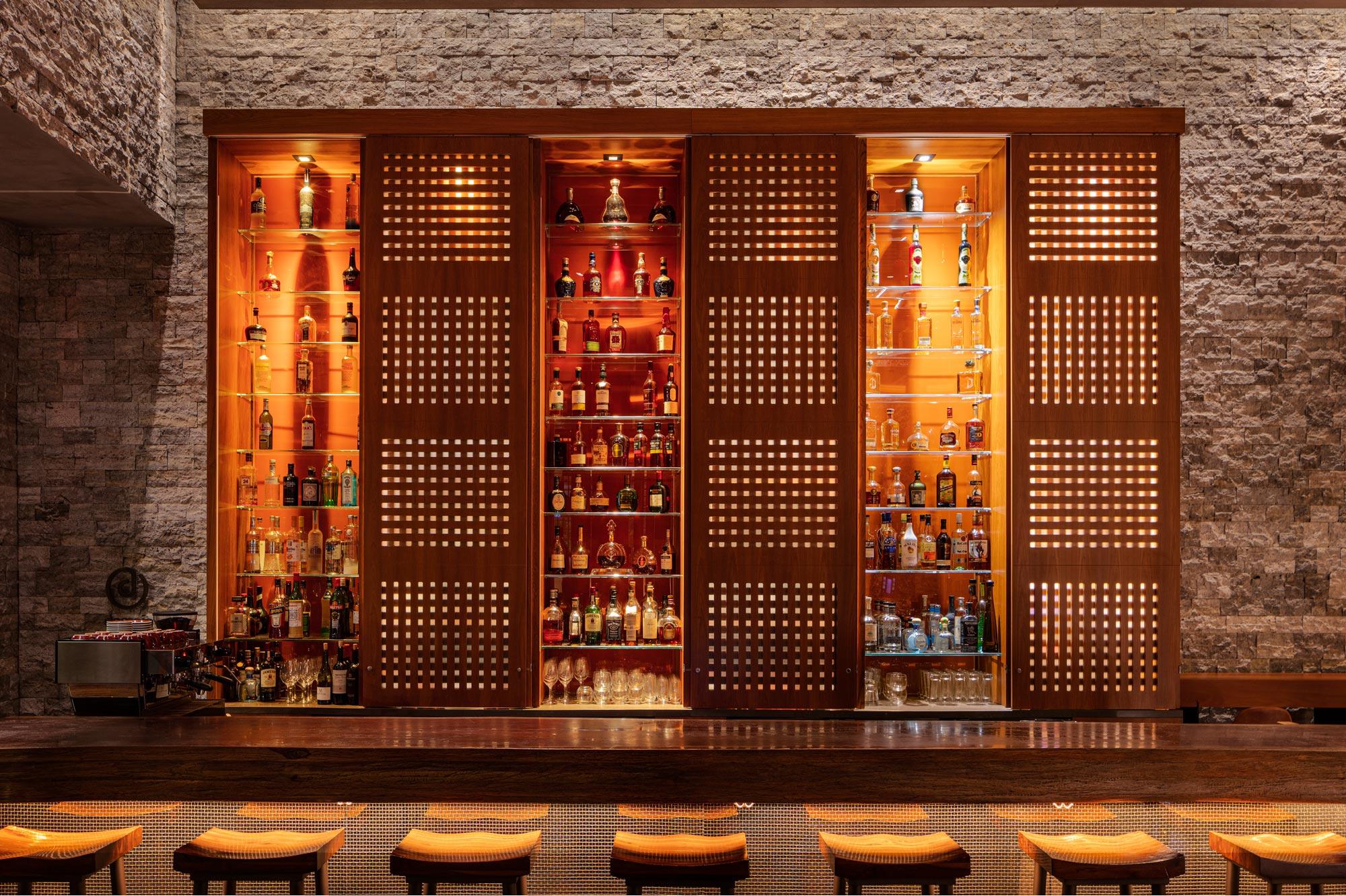 Hotel Bar Restaurant Fotografie Schweiz Deutschland von Adrian Kilchherr