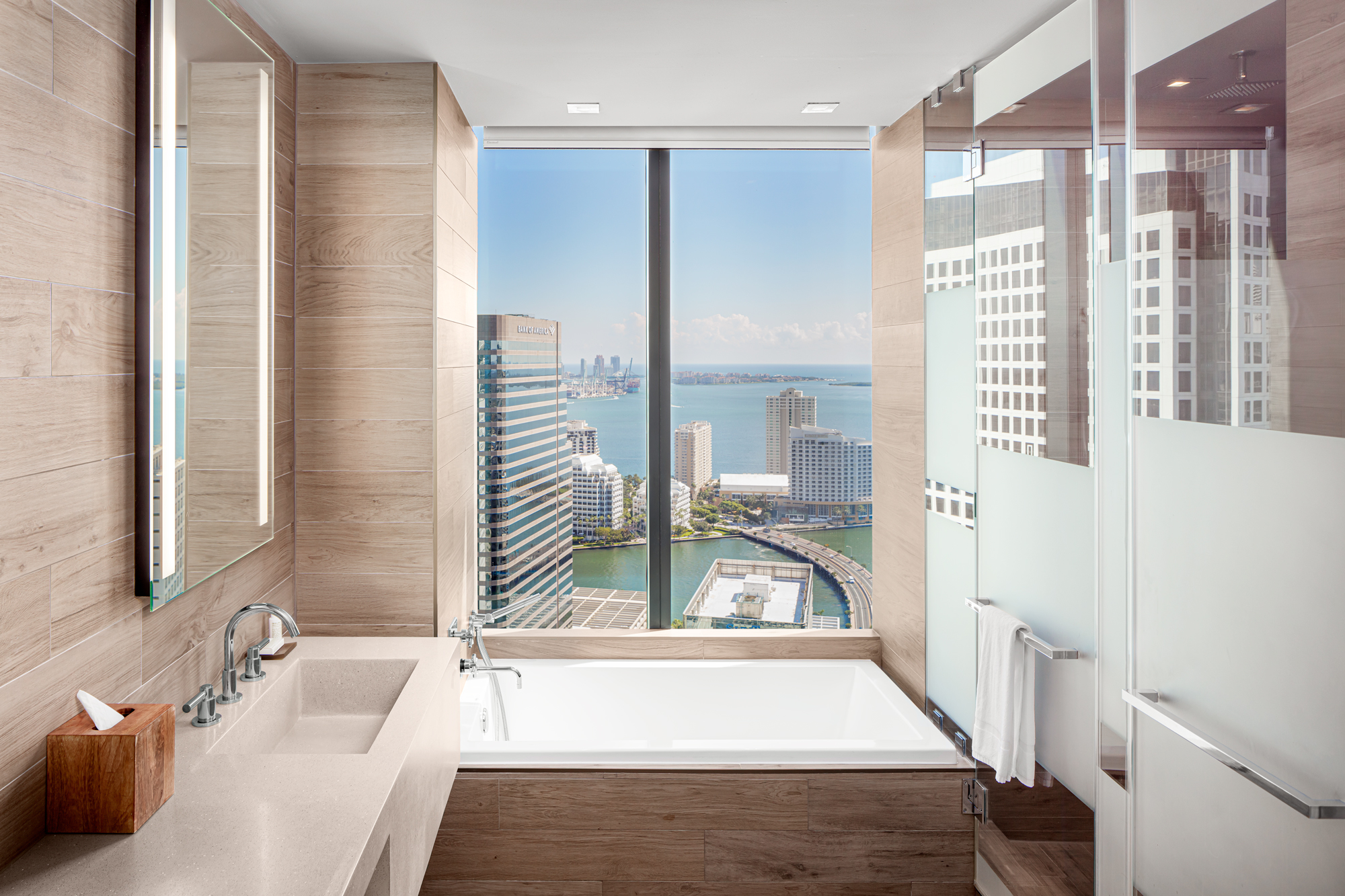 Hotel Bathroom photography by Architecture Photographer Adrian Kilchherr Miami Florida, USA, Europe, Wordwide