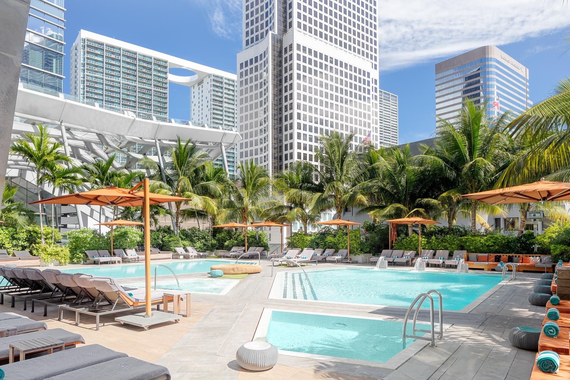 Hotel Pool Photography Miami Florida by Swiss Photographer Adrian Kilchherr