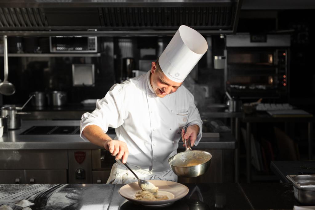 Italienischer Küchenchef Restaurant Fotografie von Adrian Kilchherr Schweiz Deutschland Italien