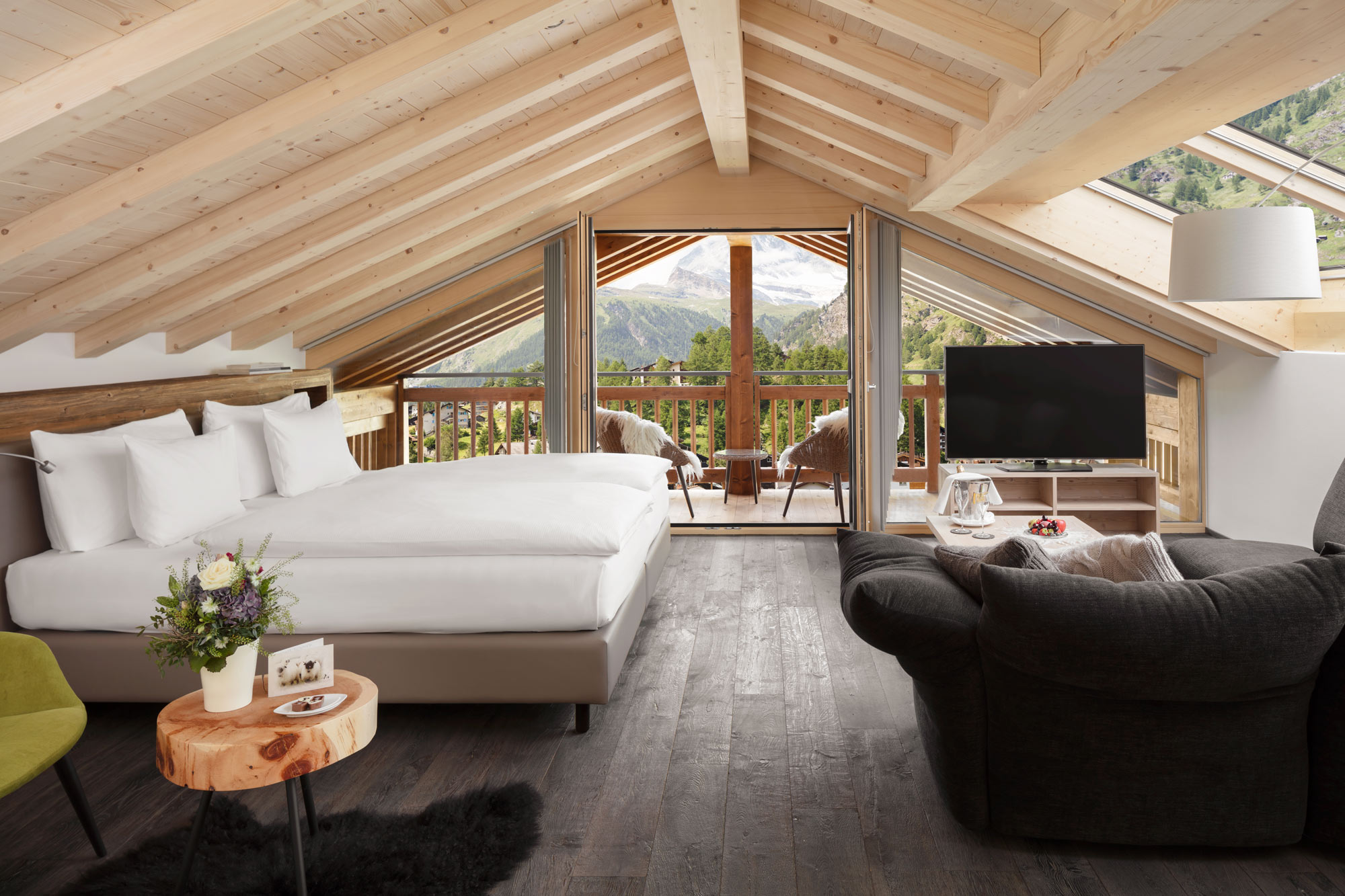 Hotelfotografie Luxus-Chalet-Schweiz Hotel Fotograf Adrian Kilchherr