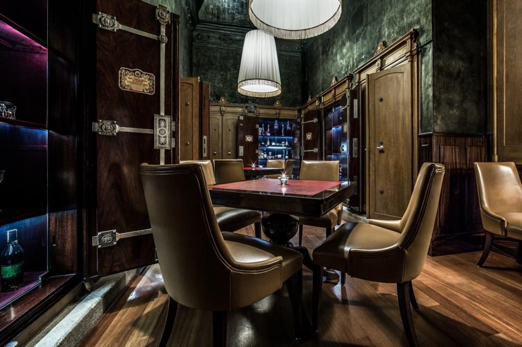 Marriott Prague Lounge by Adrian Kilchherr , Hotel and Resort Photographer Europe Worldwide