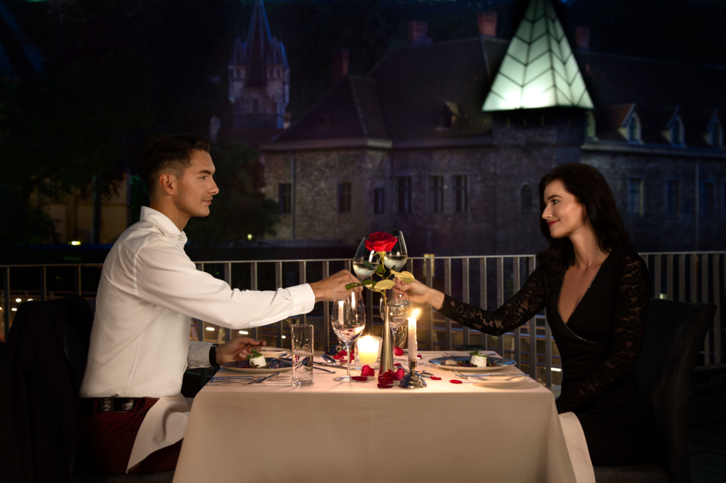 Romantic dinner lifestyle photography by Adrian Kilchherr, Hotel and Resort Photographer Europe.